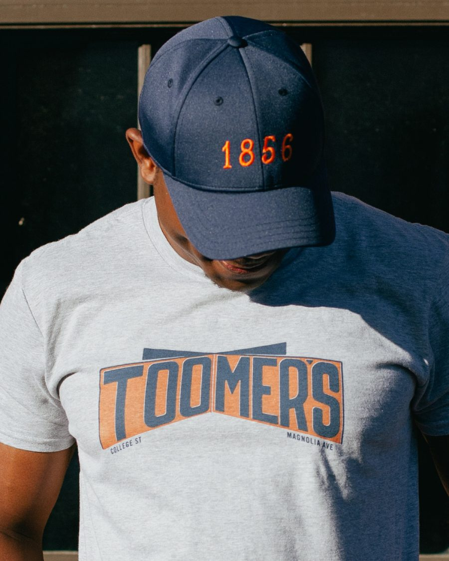 Man with gray Auburn Alabama Toomer's Corner shirt
